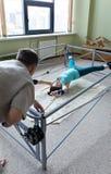 La spina dorsale per correggere attrezzatura per allungare Immagini Stock Libere da Diritti