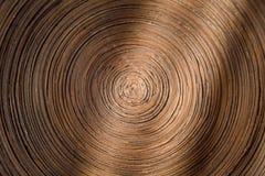 La spirale è composta di carta dura scura del cartone Fotografia Stock