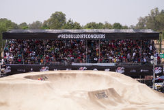 La sporcizia di Red Bull conquista l'evento Fotografia Stock