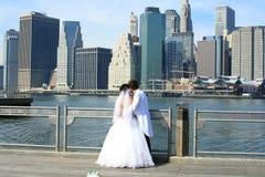 La sposa e lo sposo immagini stock