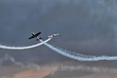 La squadra aerobatic della visualizzazione delle lamierine Immagine Stock