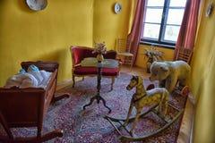 La stanza dei bambini d'annata nel castello Immagine Stock Libera da Diritti