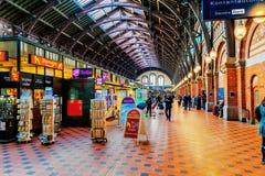 La station centrale de Copenhague est la gare ferroviaire principale à Copenhague, au Danemark et la plus grande gare ferroviaire Images libres de droits