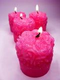 La station thermale rose d'arome a flairé des bougies réglées Photographie stock libre de droits