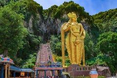 La statua del dio indù Muragan a Batu scava, Kuala fotografia stock libera da diritti