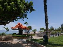 La statua di bacio nel parco di amore, Miraflores, Lima Immagine Stock Libera da Diritti