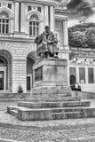 La statua di Bernardino Telesio, vecchia città di Cosenza, Italia Fotografia Stock
