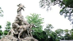 La statua di cinque ram del parco di Yuexiu, Canton, Cina fotografia stock