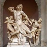La statua di Laocoon ed i suoi figli ai musei del Vaticano Fotografia Stock