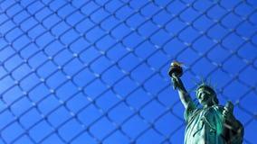 La statua di libertà con cielo blu libero, New York Fotografia Stock
