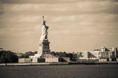 La statua di libertà e di New York City Fotografie Stock