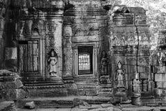 La statua di sollievo di buddismo fotografie stock libere da diritti