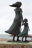 La statua di speranza nel porto di pesca delle Grau-du-ROI, Francia Immagine Stock Libera da Diritti