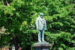 La statua di un uomo anziano Fotografia Stock