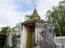 La statua nel tempio 1 fotografia stock