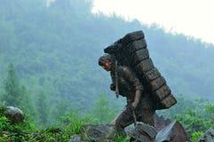La statue antique de pierre du ` s de route de Thé-cheval Photo stock