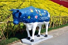La statue colorée de taureau Image libre de droits