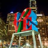 La statue d'amour en parc Philadelphie d'amour Image stock