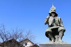 La statue d'un guerrier japonais ? à un parc près de Nagoya image stock