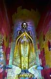 La statue de Bouddha en Ananda Shrine, Bagan, Myanmar Photographie stock
