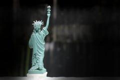 La statue de la liberté, statue de la liberté, Liberty Statue, symbole américain, New York, les Etats-Unis, poupée et figurine, t photographie stock libre de droits