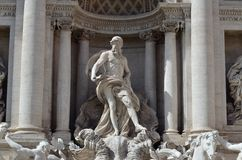 La statue de Neptune, fontaine de TREVI Photos stock