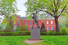 La statue de signataire en parc de signataires de Philadelphie dans la PA Image stock