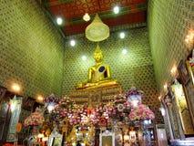 La statue principale de Bouddha de Wat Chaloem Phrakiat Nonthaburi Thaila Images libres de droits