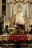 La statuetta di vergine Maria alla cattedrale di Anversa Fotografie Stock