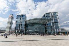 La stazione centrale di Berlino (Hauptbahnhof) - Germania fotografia stock