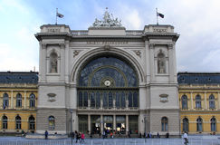 La stazione ferroviaria orientale recentemente rinnovata di Budapest, Ungheria fotografie stock libere da diritti
