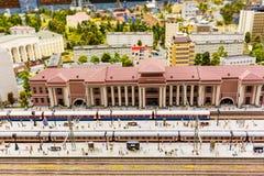 La stazione ferroviaria principale il museo di Gran-derisione è la città di St Petersburg Immagine Stock Libera da Diritti