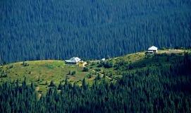 La stazione metereologica altamente in montagne carpatiche Fotografia Stock