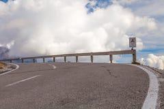 La strada al passaggio nelle dolomia, Italia Fotografia Stock Libera da Diritti