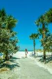 La strada alla spiaggia Fotografie Stock