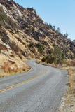 La strada attraverso il passo di montagna, U.S.A. Immagini Stock Libere da Diritti