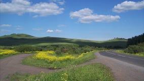 La strada fra le colline Fotografia Stock