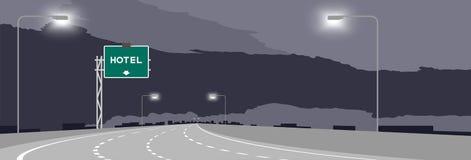 La strada principale o l'autostrada ed il contrassegno verde con l'hotel firmano all'illustrazione di notte illustrazione di stock