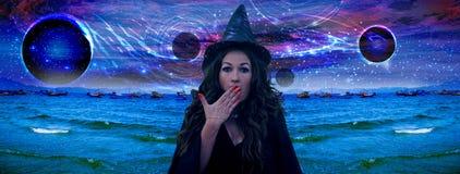 La strega ha evocato l'universo Fotografie Stock