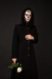La strega Two-faced che giudica è aumentato Fotografie Stock Libere da Diritti