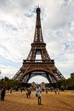 La structure de Tour Eiffel, Paris Photographie stock libre de droits