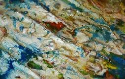 La structure verte argentée boueuse repère le fond, la peinture cireuse boueuse de scintillement, fond de formes de contraste dan Images stock