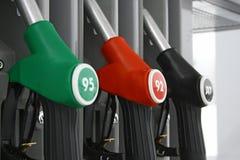 La strumentazione di rifornimento della stazione di combustibile Immagini Stock Libere da Diritti