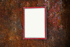La struttura della foto con testo sulla parete arrugginita del metallo accantona i rifiuti Fotografia Stock Libera da Diritti