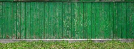 La struttura di vecchio recinto di legno rustico fatto del piano elaborato immagini stock libere da diritti