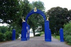 La Suède, porte bleue photographie stock