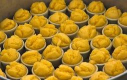 La sucrerie de sucre est ingrédient de dessert par paume de grog (fruit) et farine Photos stock