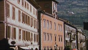 La Suisse 1964 : Vieille rue de ville de Losanna clips vidéos