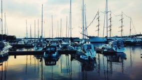 La Svezia, barche, costa, tramonto, blu, mare Fotografia Stock
