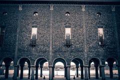 La Svezia, Stoccolma - città Hall Colonnade - vista dal cortile immagine stock